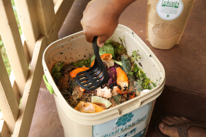 Compost food scraps bokashi